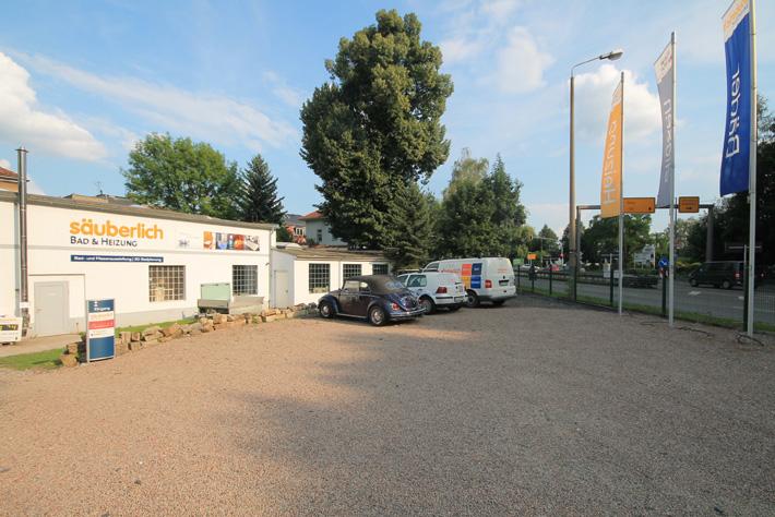 Parkplatz Einfahrt B172